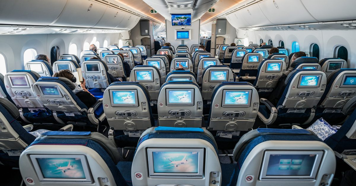 7 Easy Tips To Survive Long Haul Flights!